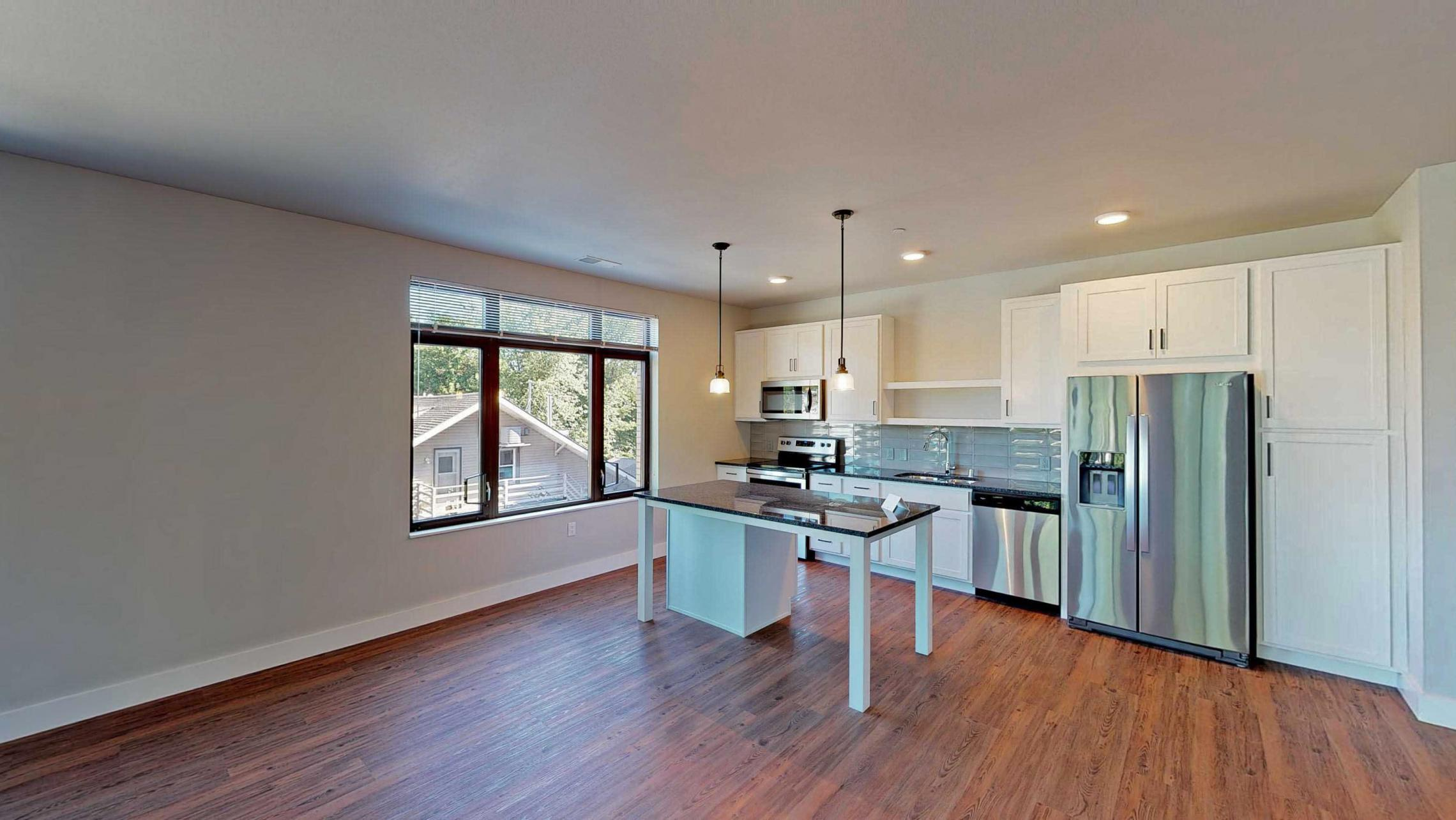 1722-Monroe-Apartment-220-Three Bedroom-Modern-Luxury-Corner-Balcony-Urban Living-Kitchen