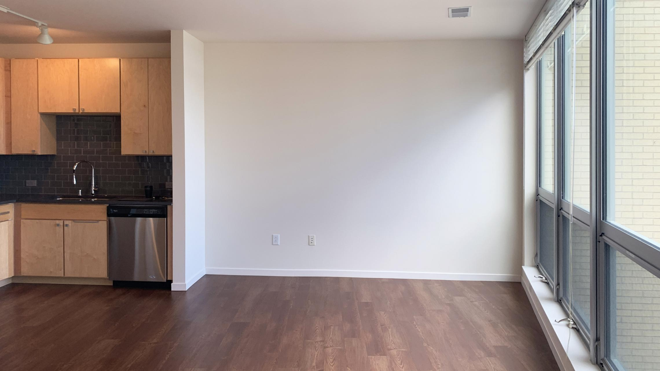 Nine-Line-at-The-Yards-Apartment-509-One-Bedrom-Corner-Lake-View-Top-Floor-Windows-Fitness-Kitchen-Living-Dining-Natural-Light-Modern-Upscale-Luxury-Maidson-Lake-Bike-Path-Dogs-Cats
