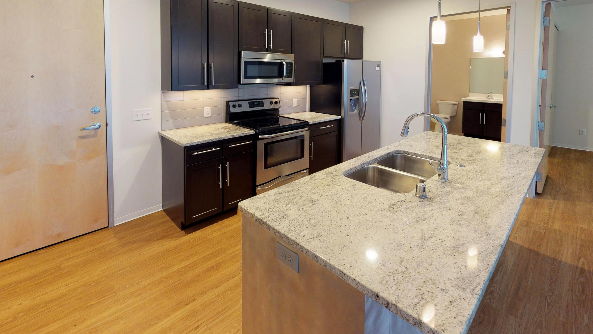Capitol-Hill-500-kitchen-one bedroom-capitol view-downtown-luxury-modern.jpg