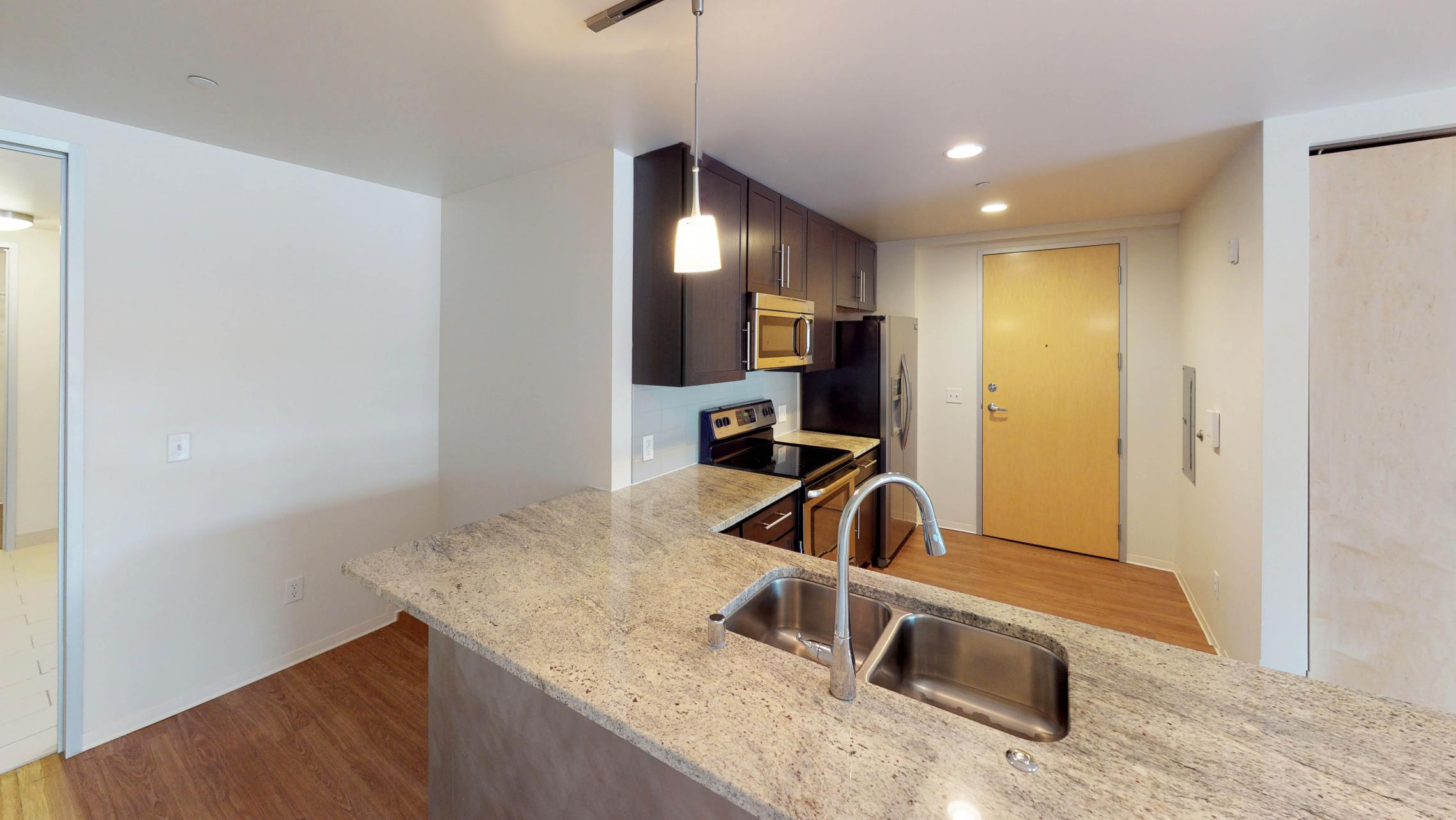 Capitol-Hill-Apartment-306-Kitchen-island-one bedroom-capitol view-downtown-luxury-modern