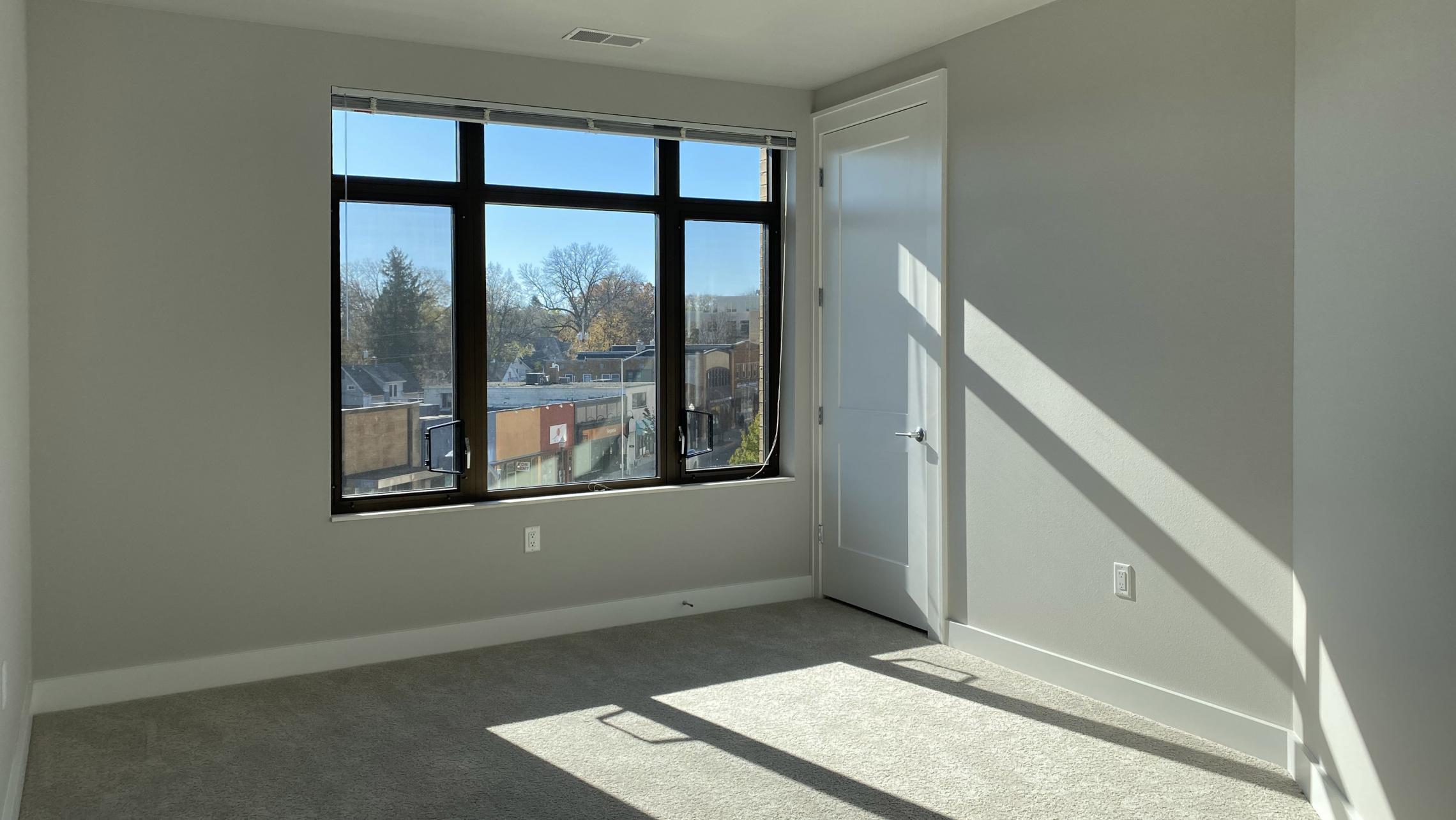 1722-Monroe-Apartments-419-Three-Bedroom-Modern-Upscale-Design-Windows-Natural-Light-Gym-Terrace-Living-Luxury-Lounge-Madison-Bedroom