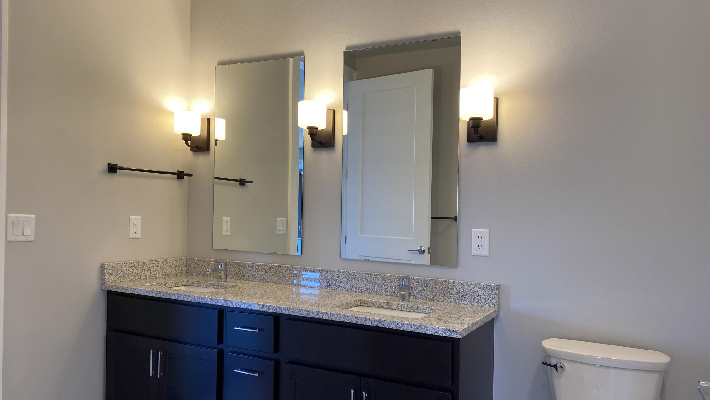 1722-Monroe-Apartments-320-Three-Bedroom-Modern-Upscale-Design-Windows-Natural-Light-Balcony-Gym-Terrace-Living-Luxury-Lounge-Madison-Views-Bathroom-Soaking-Tub-Vanity