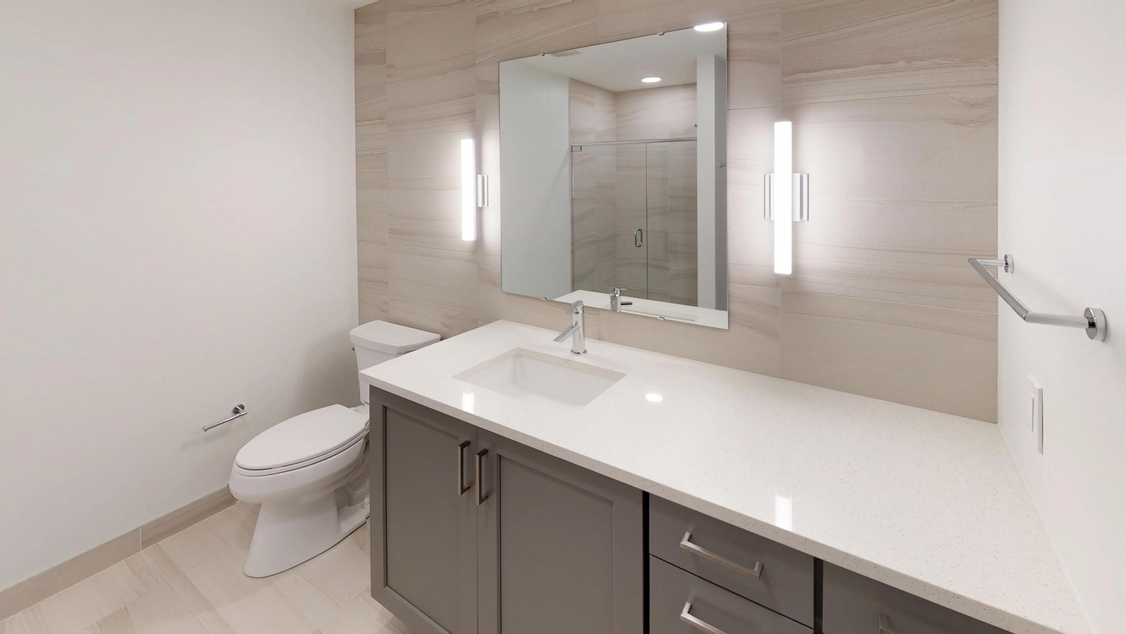 Pressman-601-Apartment-Two-Bedroom-Downtown-Madison-Upscale-Modern-Luxury-Bathroom-Views-Capitol