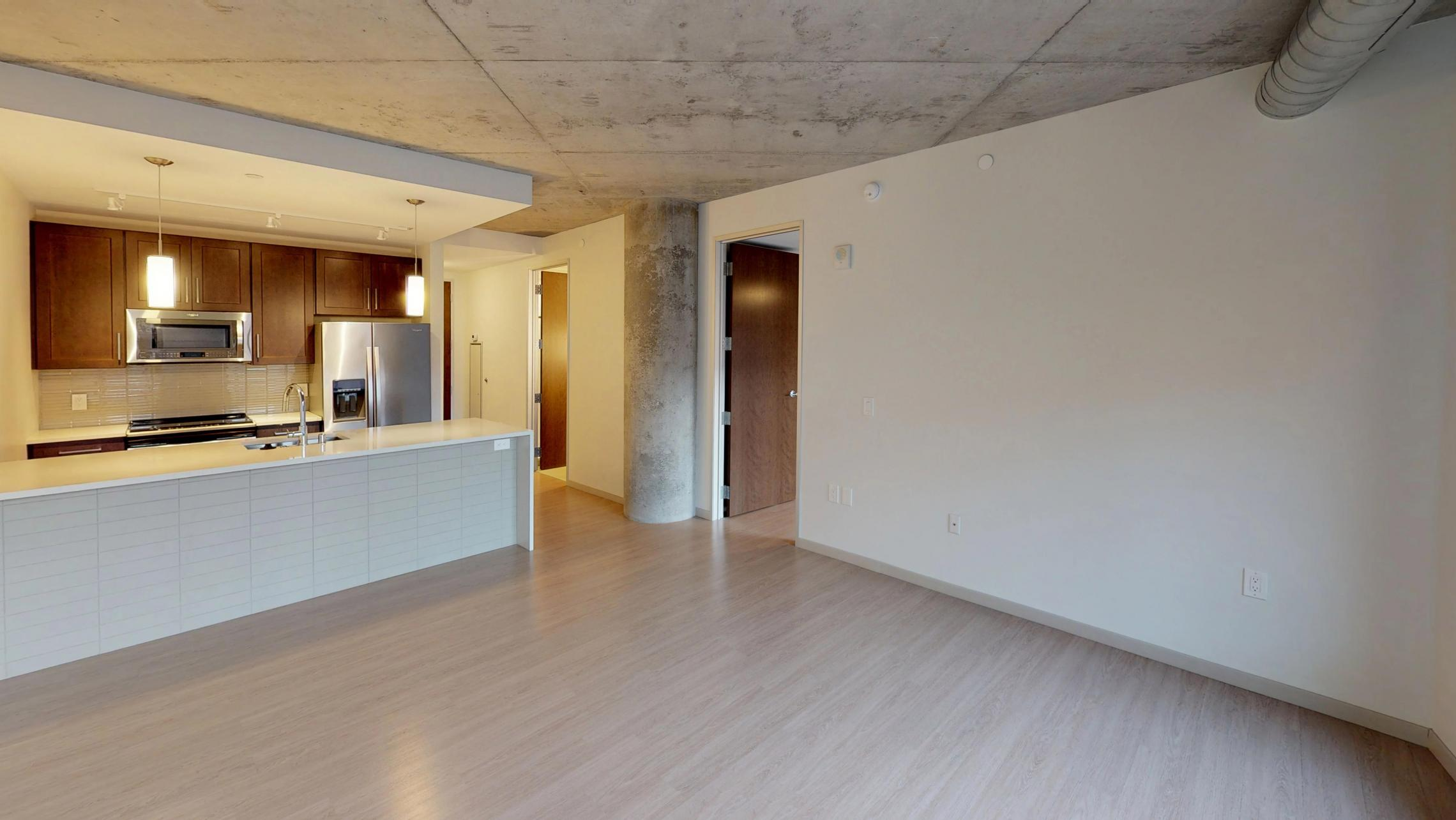 Pressman-Apartment-217-One-Bedroom-Luxury-Downtown-Upscale-Modern-Downtown-Madison-Capitol-Square-Kitchen-Island