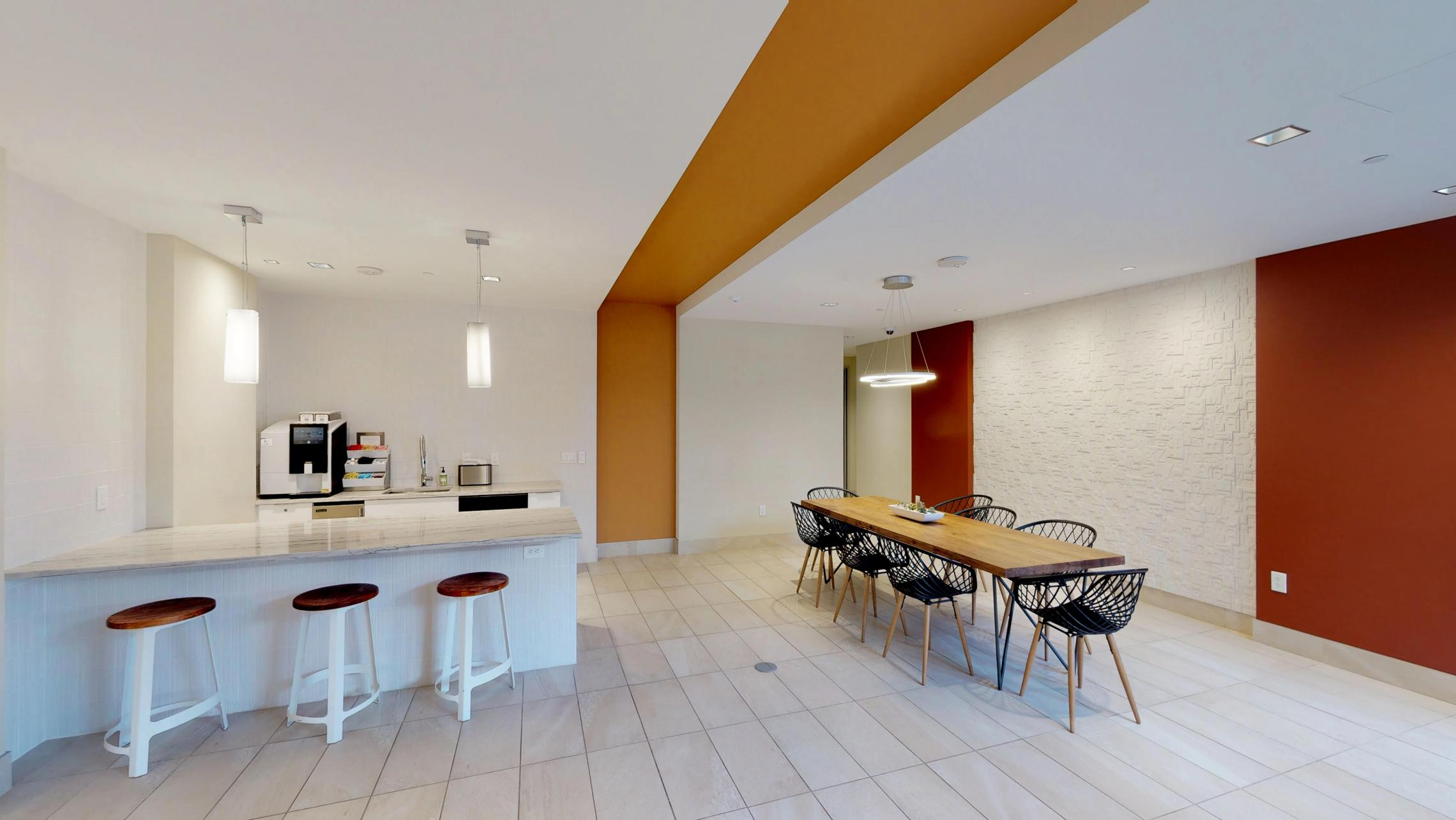 The-Pressman-Apartments-Upscale-Club-room-Modern-Luxury-Downtown-Madison-High-Rise-Lifestyle-Capitol-Square