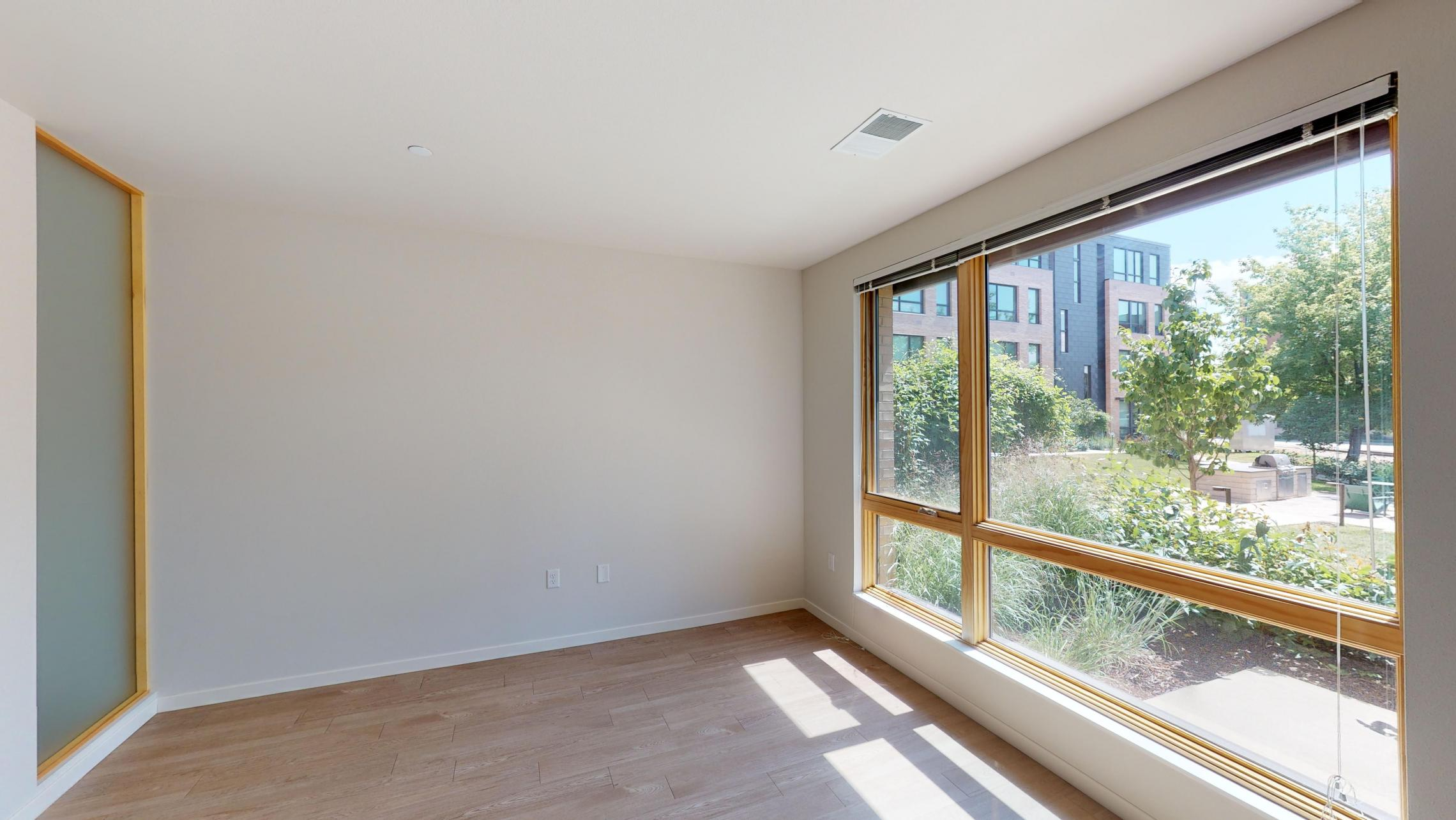 Quarter-Row-Yards-Apartment-118-One-Bedroom-Patio-Modern-Upscale-Fitness-Lounge-Courtyard-Grill-Fireplace-View-Bike-Trail