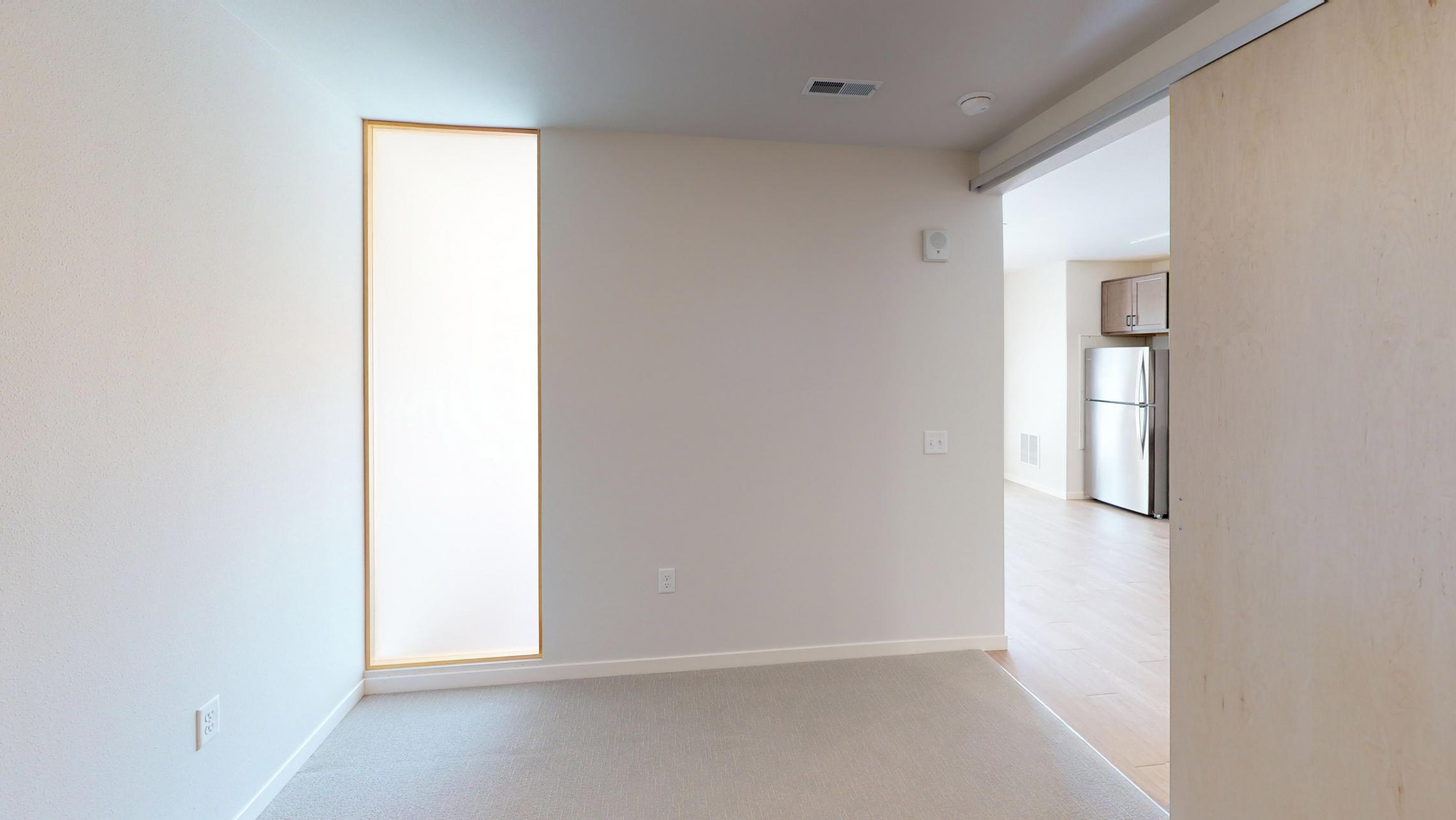 Quarter-Row-Yards-Apartment-122-One-Bedroom-Patio-Modern-Upscale-Fitness-Lounge-Courtyard-Downtown-Madison-View-Bike-Trail-Lifestyle