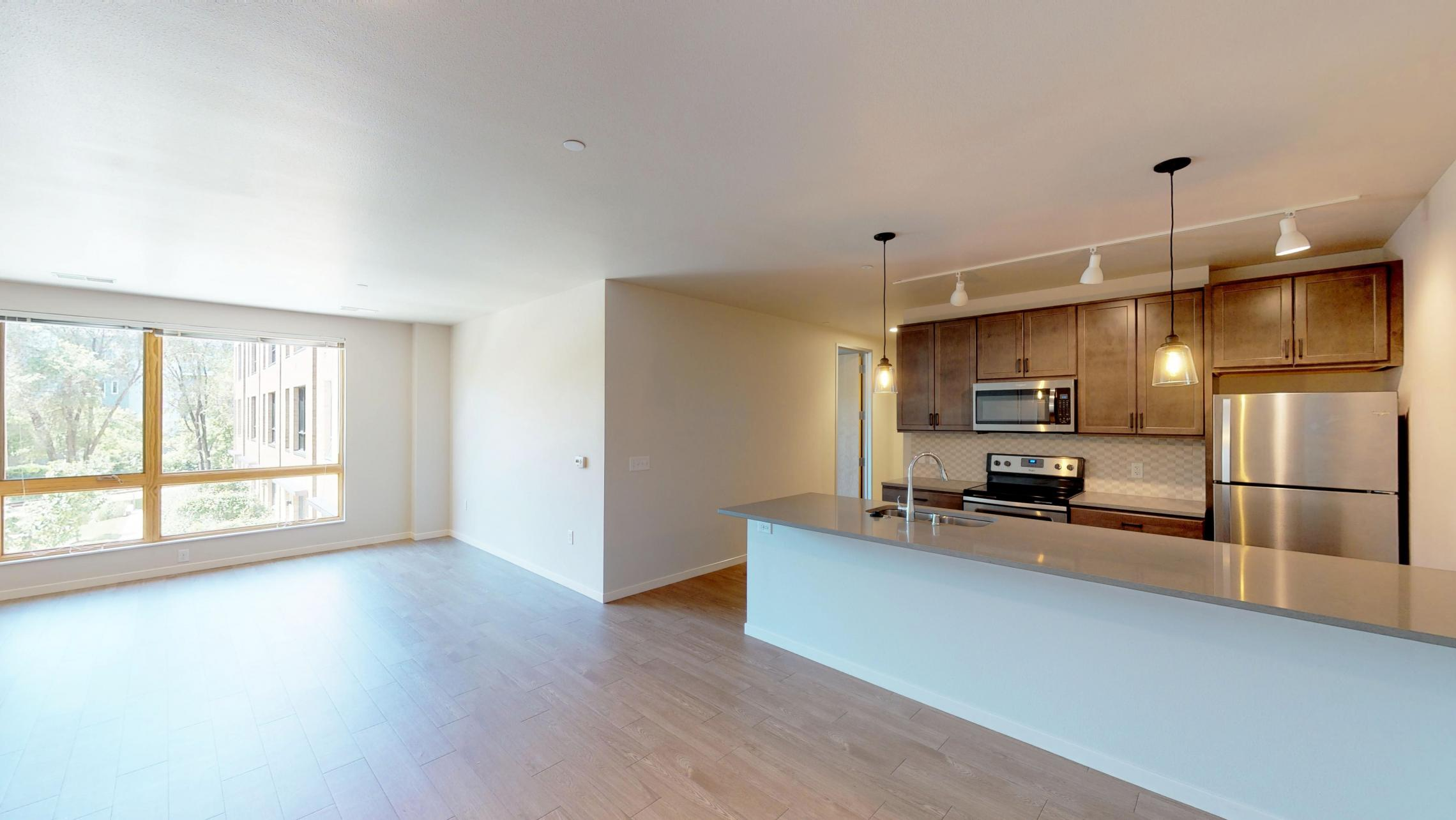Quarter-Row-Yards-Apartment-210-Three-Bedroom-Two-Den-Modern-Upscale-Fitness-Lounge-Courtyard-Downtown-Living-Amenities-Luxury