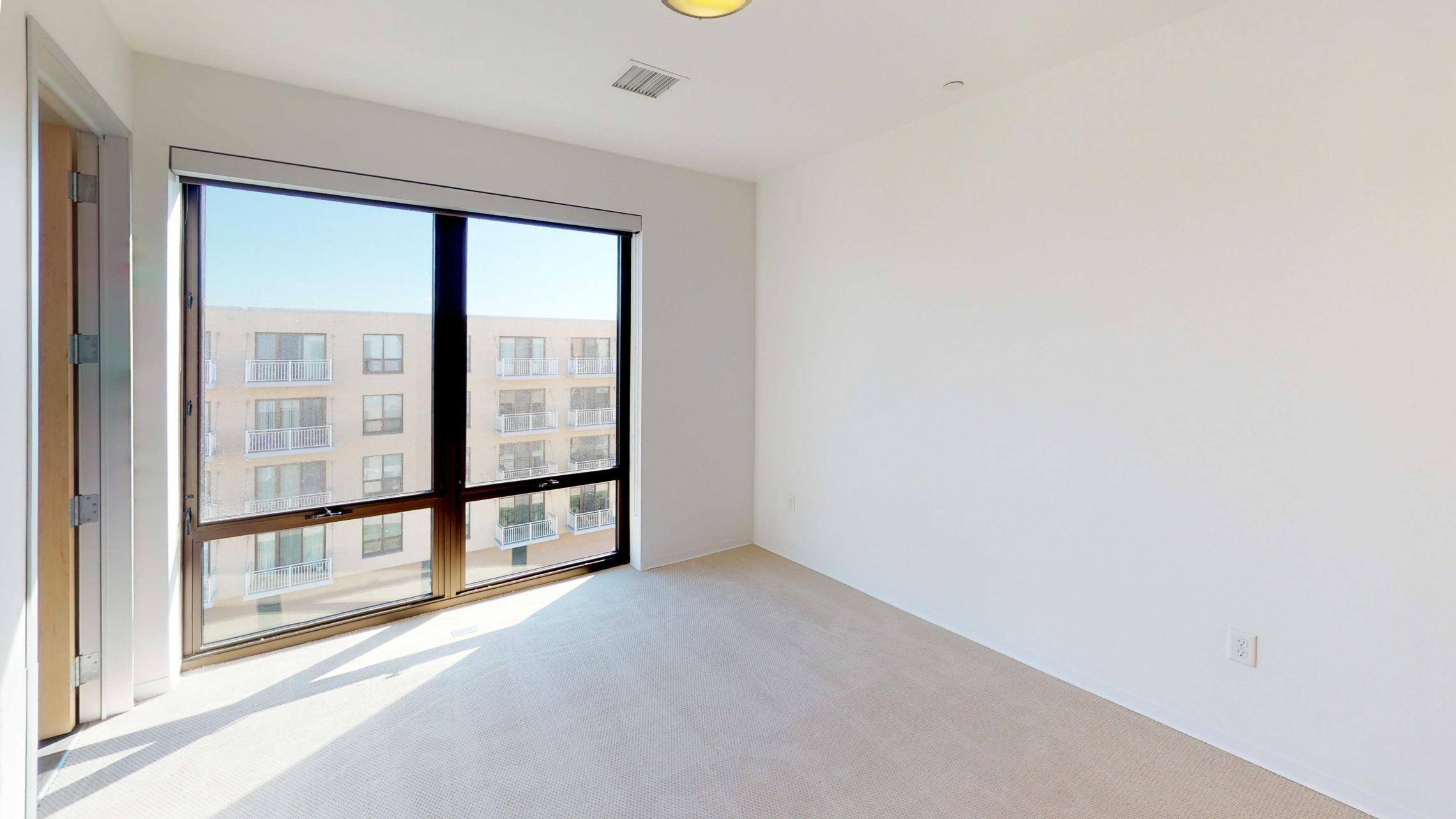 SEVEN27-Apartment-524-two bedroom-Modern-Luxury-Upscale-Capitol View-Lake View-Top Floor-Balcony-Terrace-City View-Master.jpg