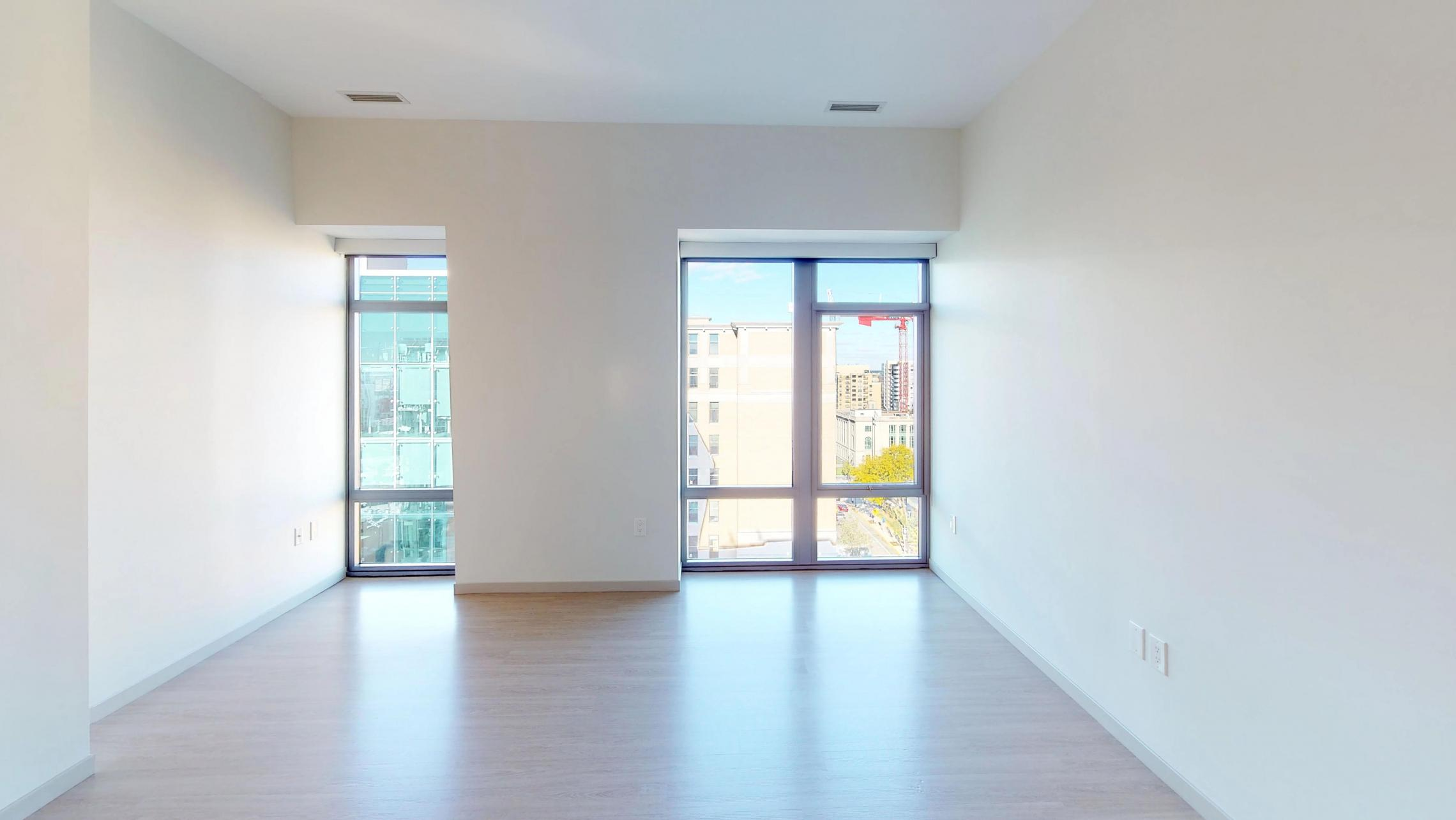 The-Pressman-905-Apartments-One-Bedroom-View-Downtown-Madison-Capitol-Square-Modern-Upscale-Lifestyle-Design-Home