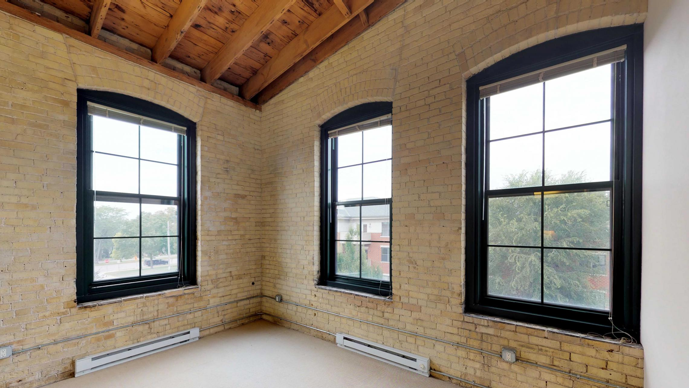 Tobacco-Lofts-Apartments-E312-Two-bedroom-Corner-Downtown-Madison-Historic-Yards-Exposures-Windows