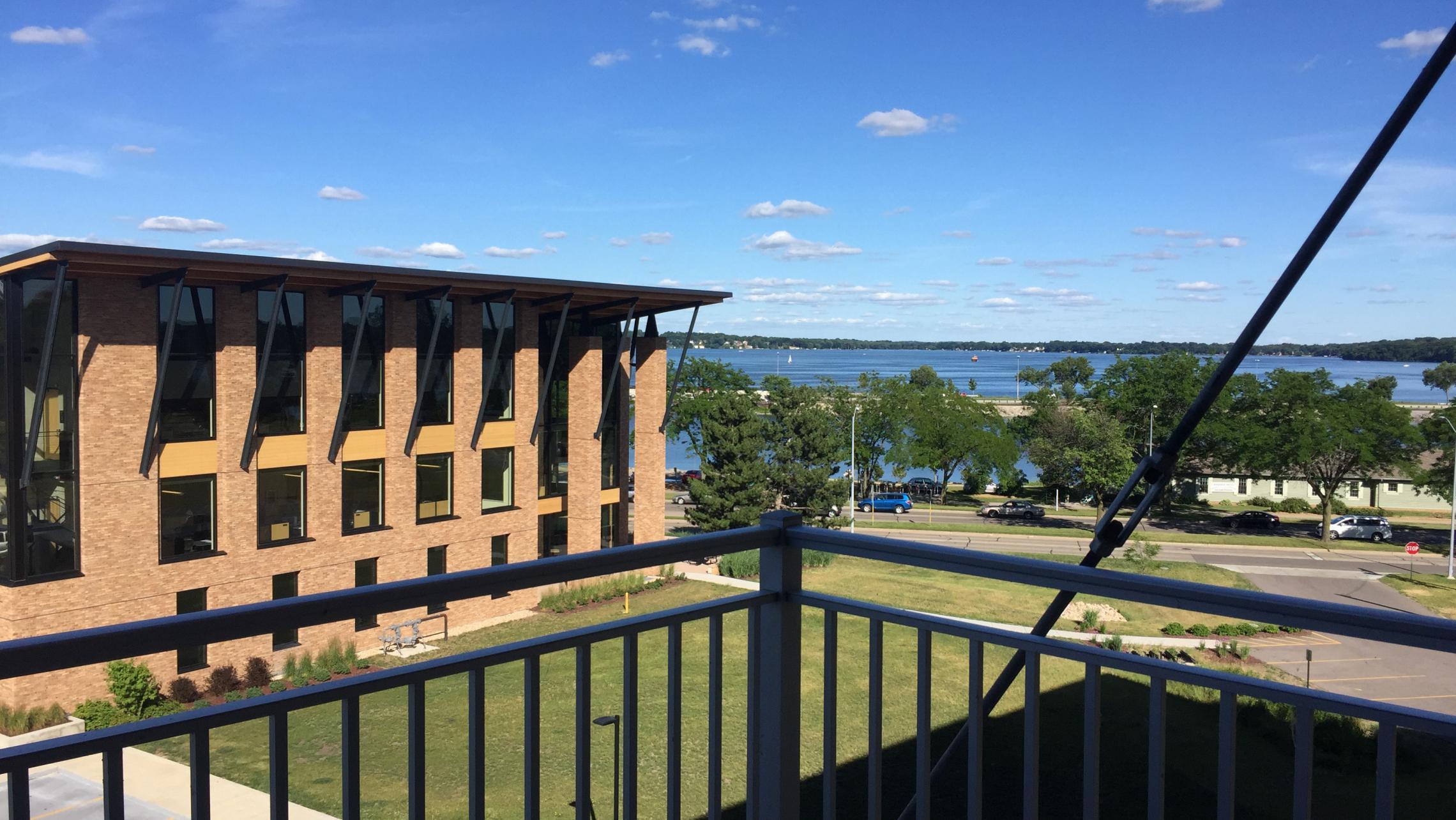 ULI Nine Line Apartment 421 - Lake Monona View