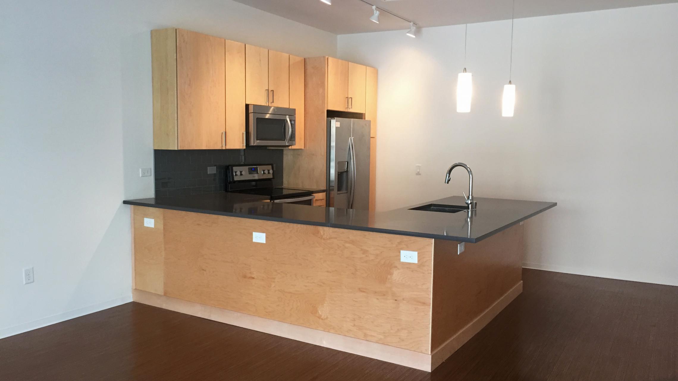 ULI Seven27 Apartment 305 - Kitchen
