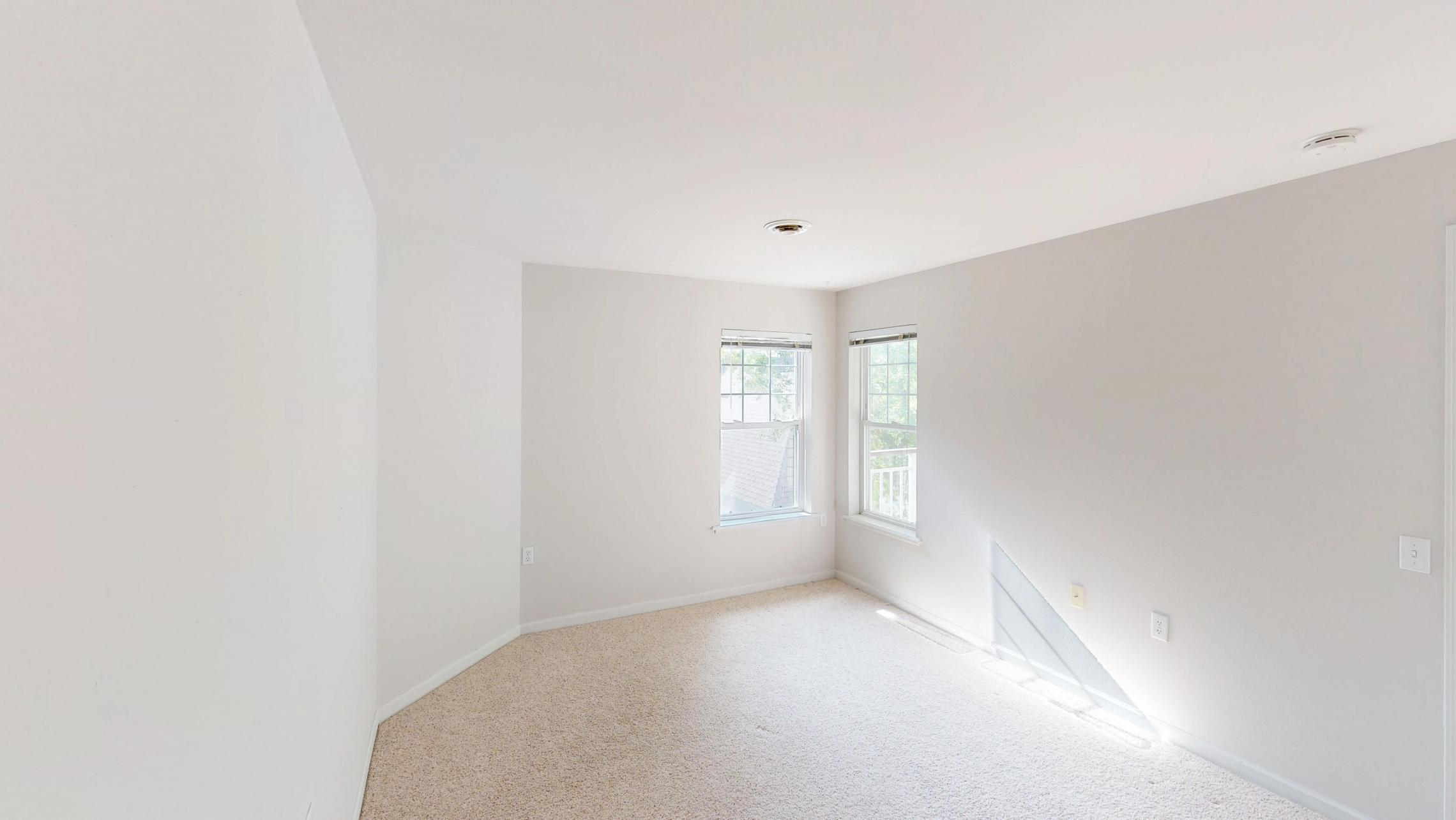 Wilson-Bay-Apartment-303-One-Bedroom-Downtown-Madison-Balcony-Top-Floor-Vaulted-Ceiling-Living