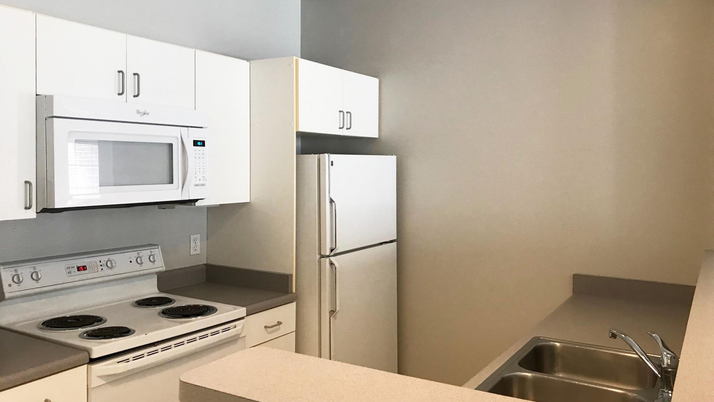 Wilson-Bay-Apartment-108-Two-Bedroom-Downtown-Madison-Balcony-Living-Dining-Bathroom-Laundry