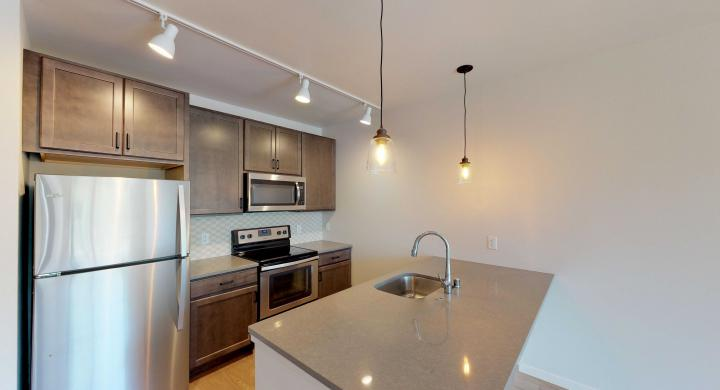 Quarter-Row-Apartment-222-One-Bedroom-Downtown-luxury-Madison-Yards.jpg