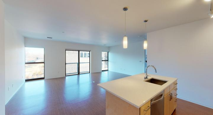 SEVEN27-Apartment-216-Modern-Upscale-Views-City-Downtown-Madison-Lake-Terrace.jpg